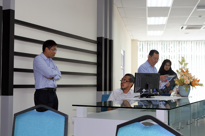 Certificate Renewal ISO 9001:2008 Fakulti Alam Bina Utm Johor Bahru – 18 & 19 Mac 2014