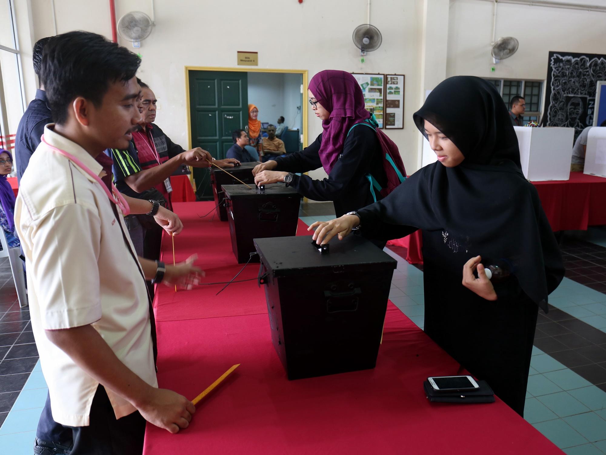 Pemilihan Majlis Perwakilan Pelajar Universiti Teknologi Malaysia Sesi 2015/2016