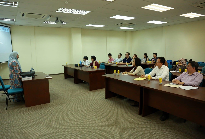 Lawatan dari National University Singapore