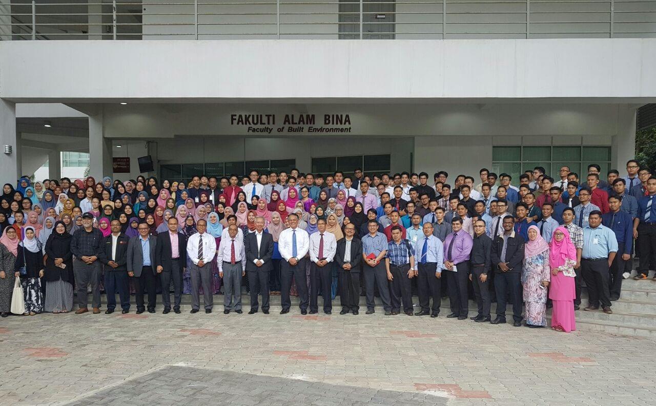 Sesi Engagement Pelajar Baru dengan Pengerusi Lembaga Pengarah Universiti (LPU)