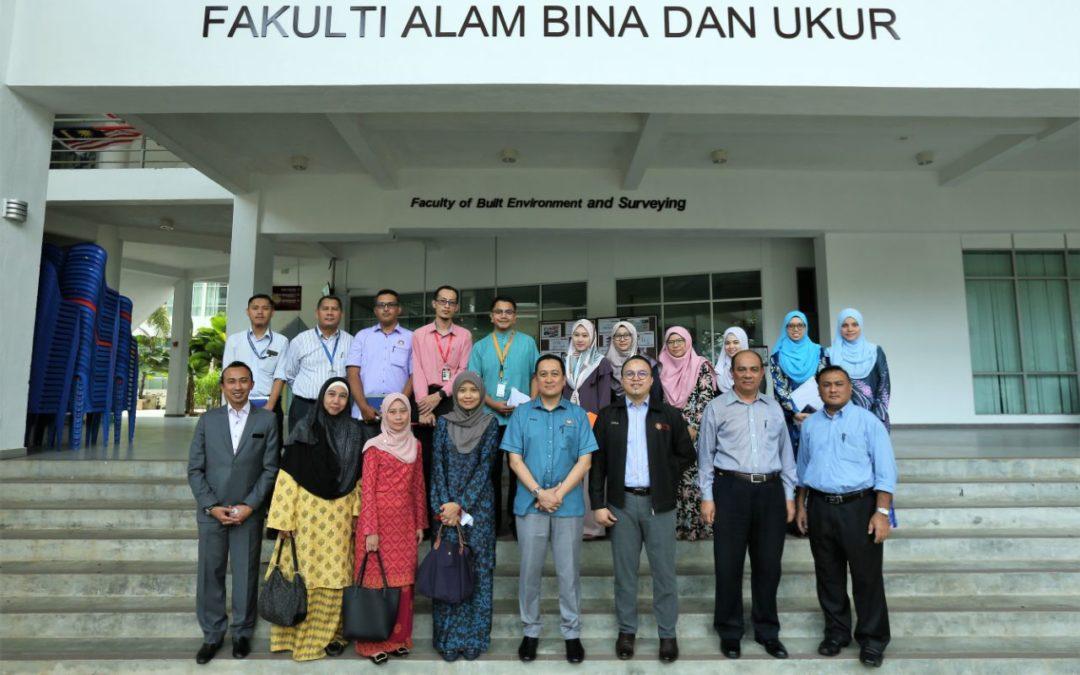 Mesyuarat Penyelarasan bagi Majlis Pendaftaran Khas Ijazah Doktor Falsafah bagi Pegawai Tadbir Negeri Johor