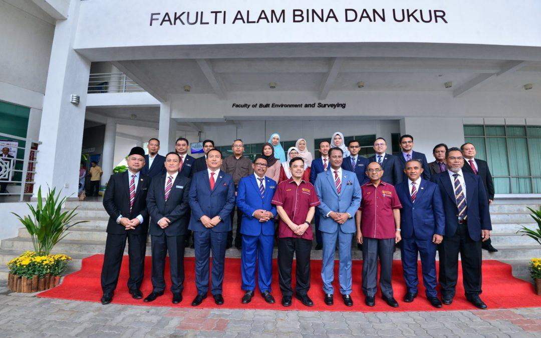 Majlis Pendaftaran Program Khas Ijazah Doktor Falsafah Pegawai Tadbir Negeri Johor