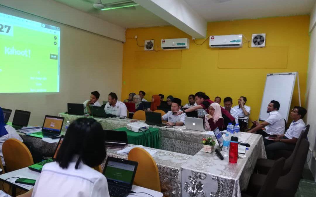 Program Khidmat Komuniti Pembelajaran Aktif Kahoot Bersama Cikgu Tingkatan 6 SMK Taman Johor Jaya